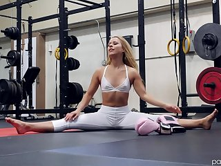 Hot ass blonde Lilly Lit teases and rides in the public gym