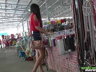 Sex-appeal Filipina girl Bew shows striptease to one alien man