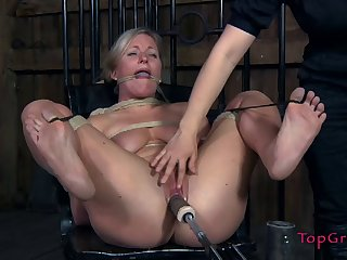 Natural heart of hearts peaches Dia Zerva moans while being tied connected with and tortured